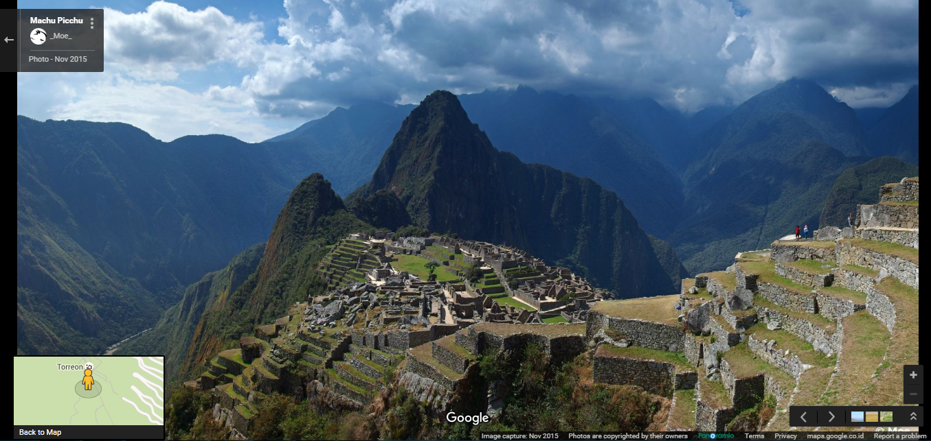 Set in the middle of a tropical mountain forest, Machu Picchu stands 2,430m above sea-level.