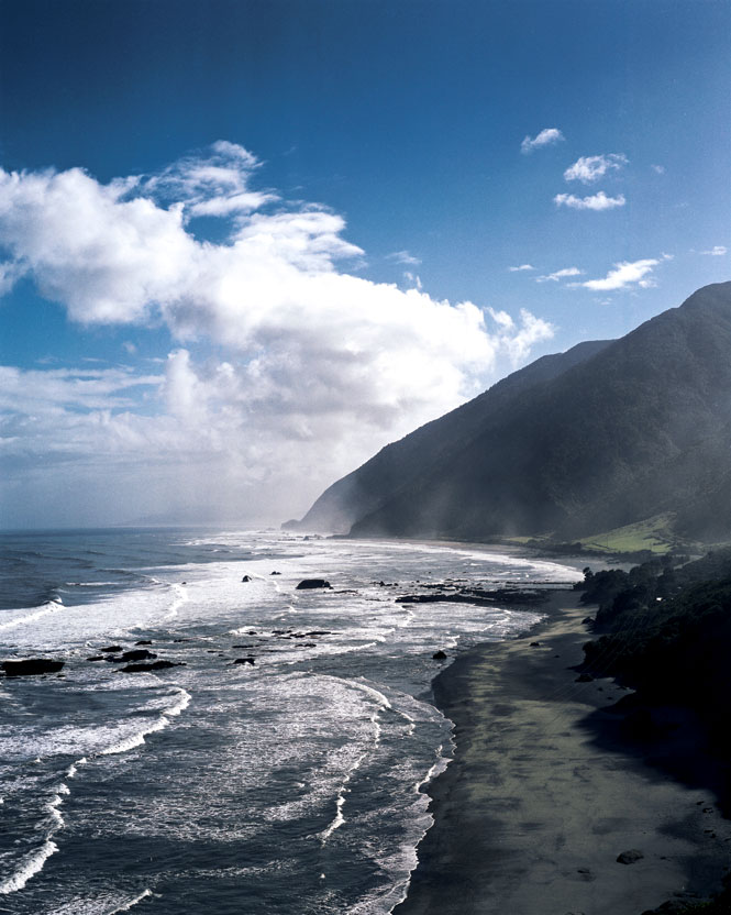 A dramatic coastline near Greymouth.