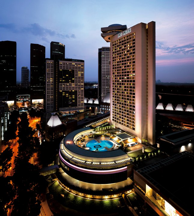 The Pan Pacific Singapore's race deal includes access to the Pacific Club.