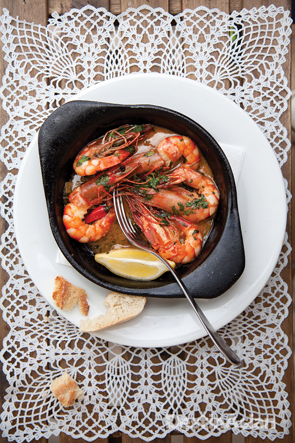Garlic prawns at Carmo.