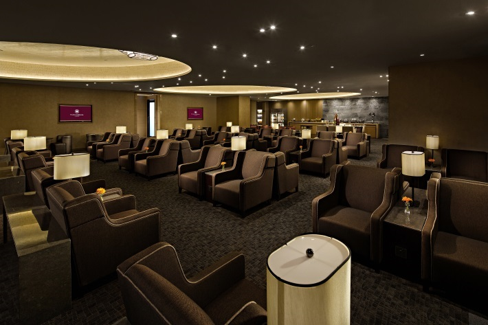 Paid access allows all travelers to enjoy the lounge's quiet ambiance.
