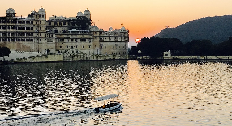 Udaipur's City Palace at Sunset