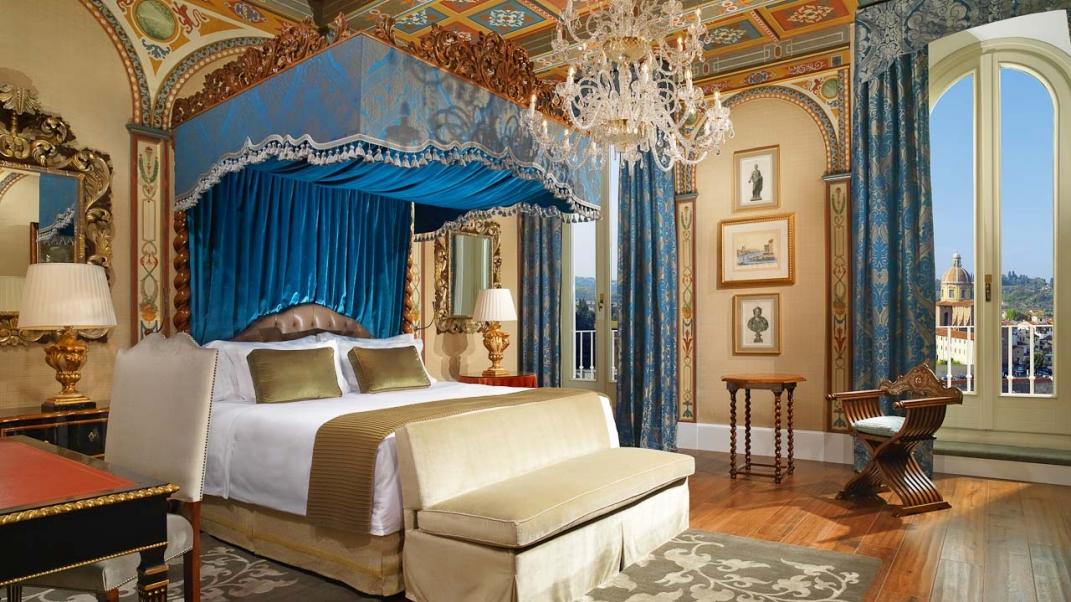 A bedroom in St. Regis Florence.
