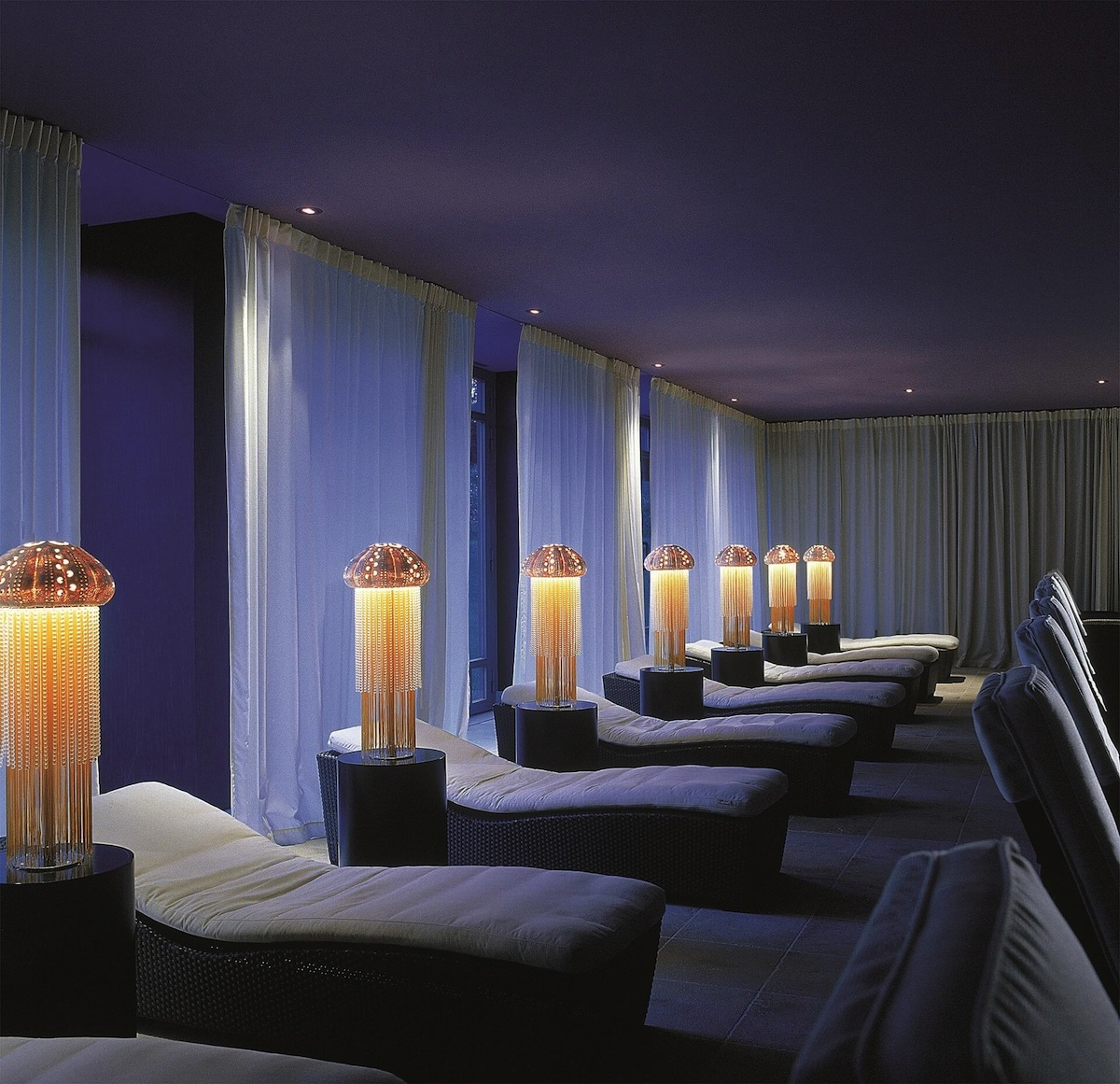 A relaxation lounge at Geneva's Nescens Spa.