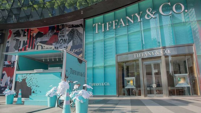 3850564e3e4e8 You Can Now Have Breakfast at Tiffany's at This Pop-up in Singapore ...