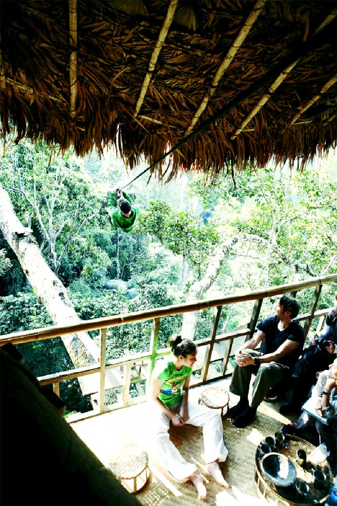 Downtime high above the forest floor in a Gibbon Experience tree house.