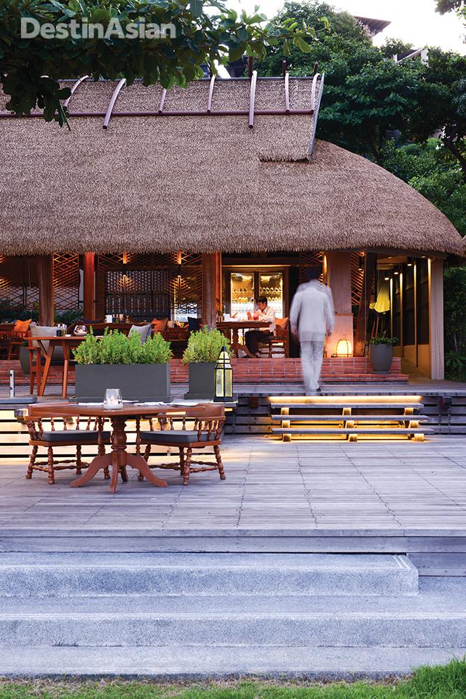 Alfresco dining at Panali.