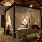 One of the two bedrooms in Viceroy Villa