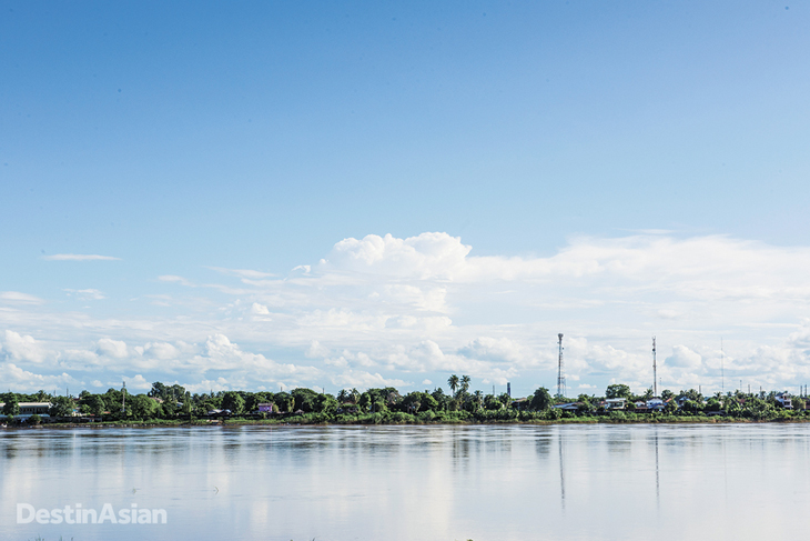 Views across the Mekong to Thailand from Vientiane's riverfront.