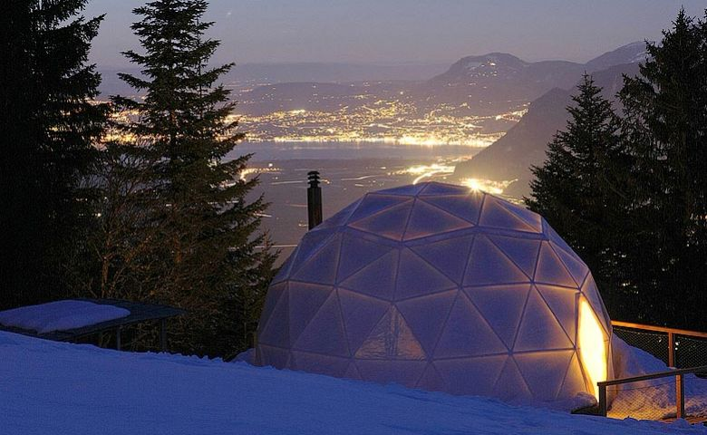 Whitepod is located at the start of the Swiss Alps at the base of the Dents-du-Midi mountain range.